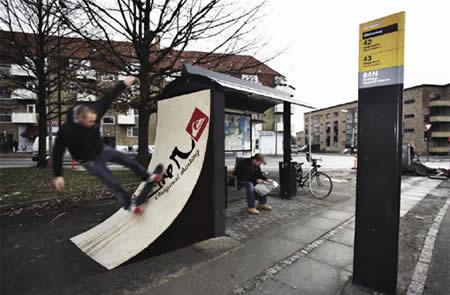 photos-of-unusual-bus-stops.jpg